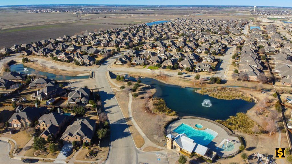 Lakes of Prosper Community